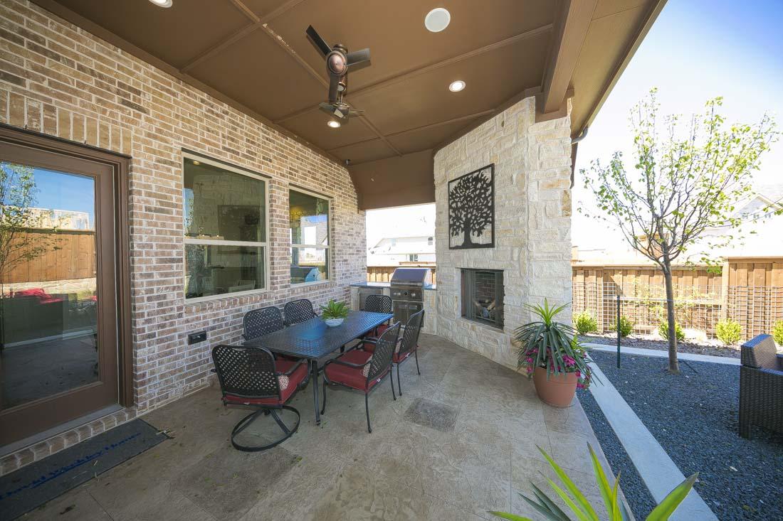 Delicieux Outdoor Patio In David Weekley Model Home
